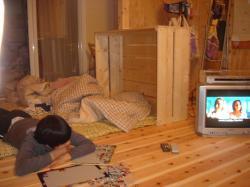 TVと布団