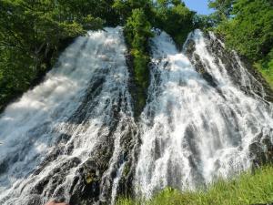 オシンコシンの滝 2