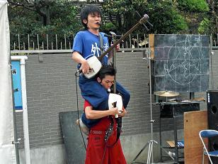アクロバット的演奏