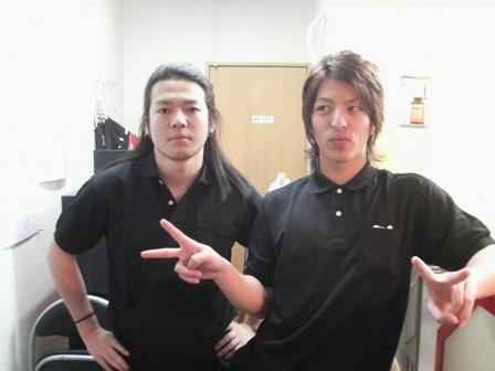 ポロシャツの二人