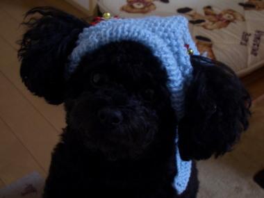手編みのサンタ帽