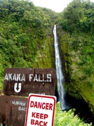 15_akaka.falls.jpg