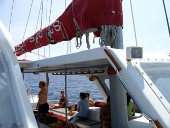 16_red.sail.sports.jpg