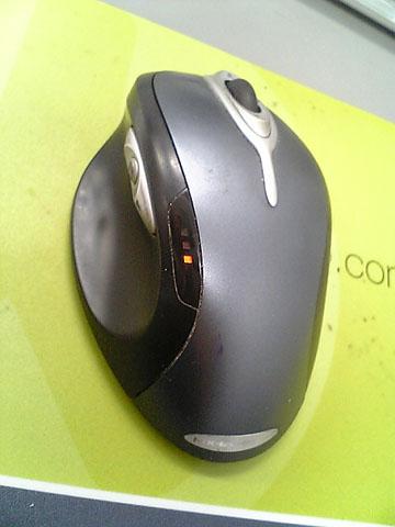 バッテリー切れマウス