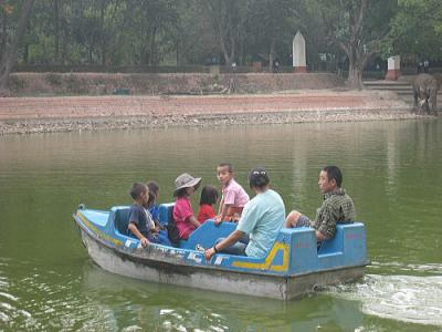 動物園でボート3