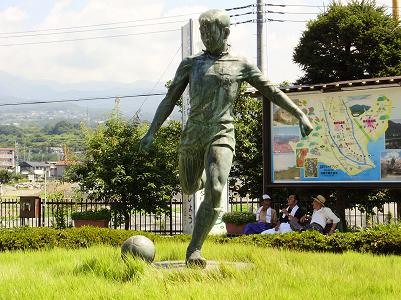 200822韮崎銅像