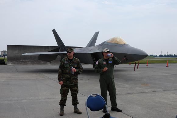 F-22-2.jpg