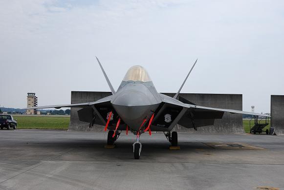 F-22-3.jpg
