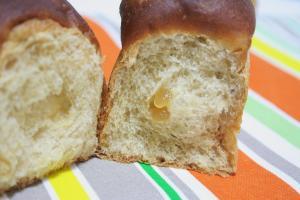 黒糖はちみつパン1