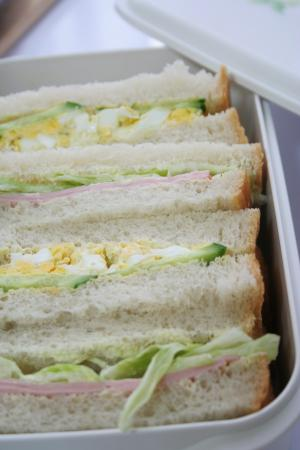 サンドウィッチ弁当1