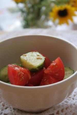 キュウリ トマトマリネ
