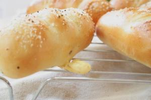 スパイシーチーズパン