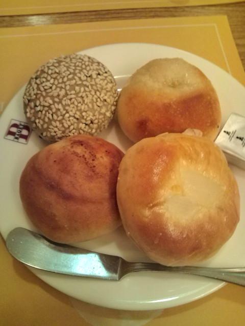 第一段階のパン4種