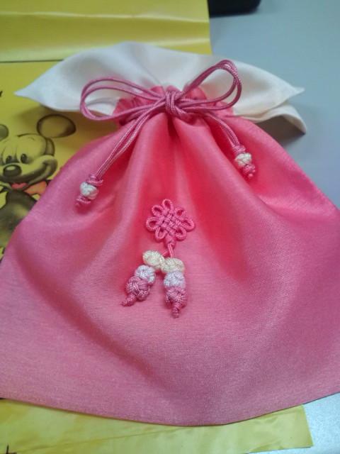 すてきな色です♪ピンク巾着