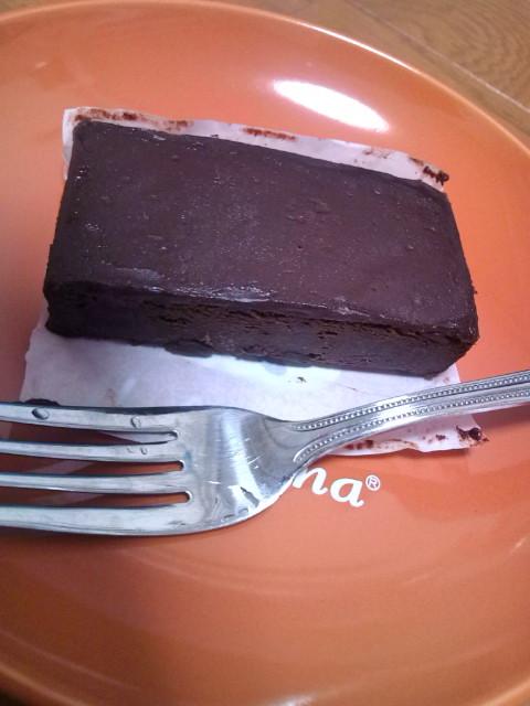 霧笛楼のチョコケーキいただきます