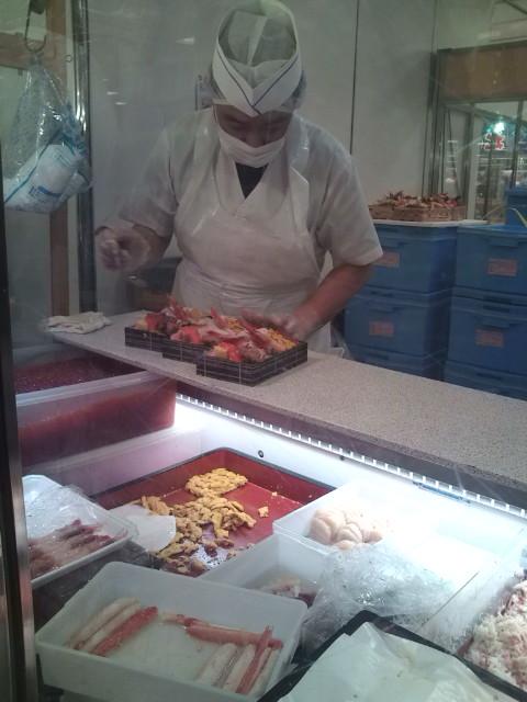 海楽弁当の仕込み