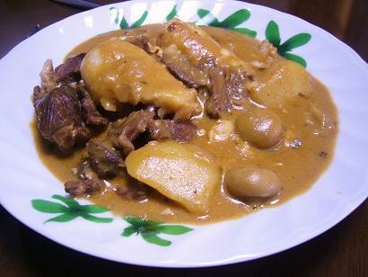 牛すね肉シチュー (2)