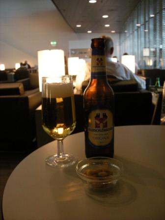 と、くればやっぱりビール。スイスの地?ビールです!