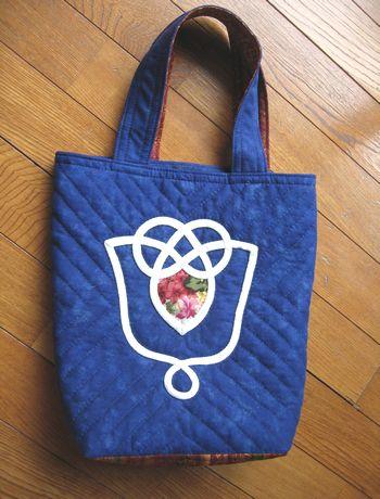 キルトのバッグ
