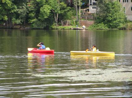 Laborday_picnic_kayaking02.jpg