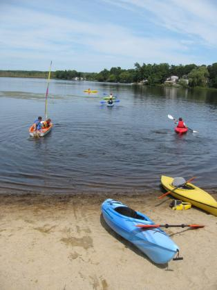 Laborday_picnic_kayaking06.jpg