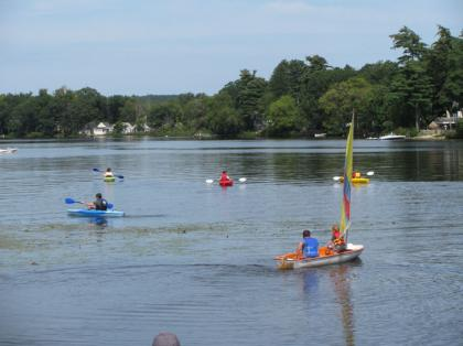 Laborday_picnic_kayaking09.jpg