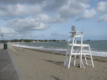 marblehead_beach.jpg