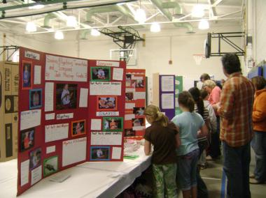 science_fair02.jpg