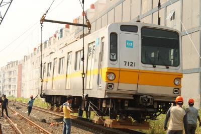 7121F.jpg
