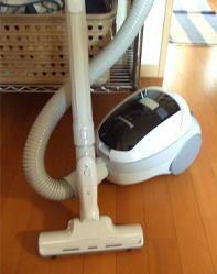 100912-ニュウ掃除機