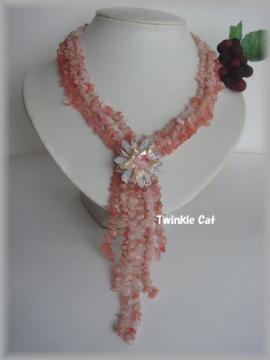 ピンク天然石ネックレス