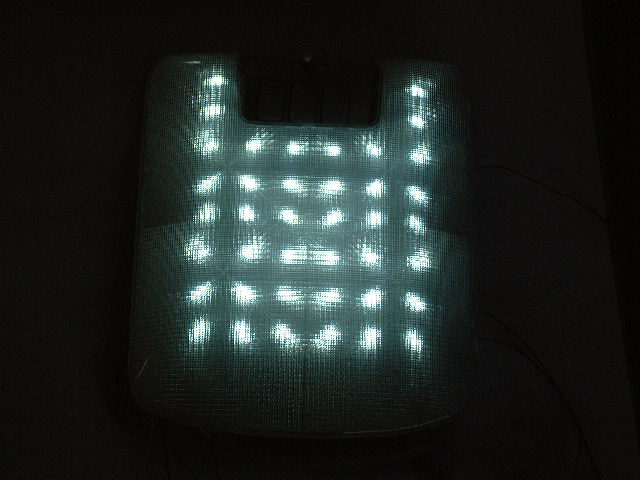 LED白下無し