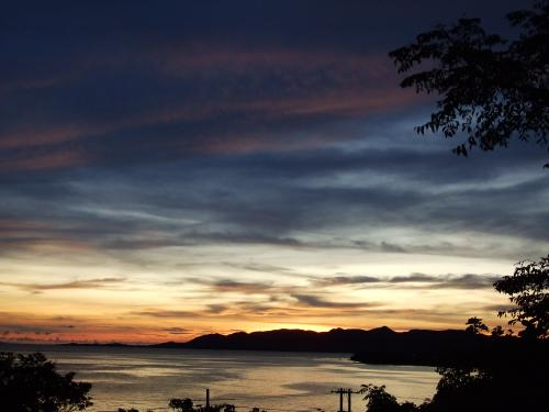 夕陽7月27日