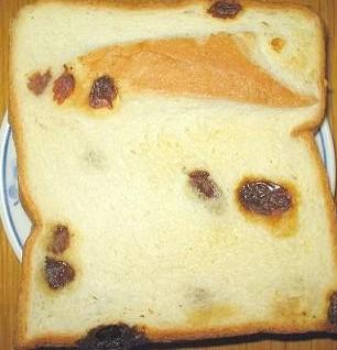 レーズンの食パン