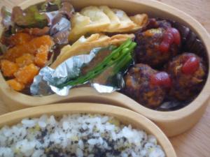 お弁当-たかきびボール