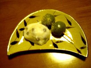 豆餅とよもぎ団子