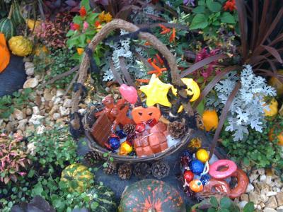 Halloween Garden5