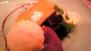 ドルチェ モモのシャーペット カボチャのケーキ ショコラプディング りんごのコンポート