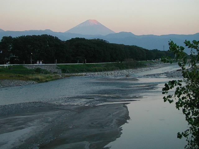 笛吹川と富士