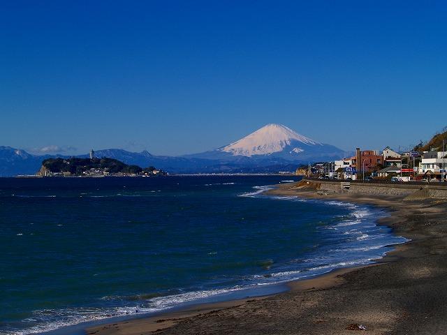 稲村ガ崎から見た富士山(コッホも見た風景)