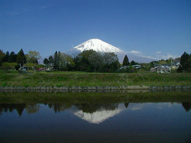 小山の富士