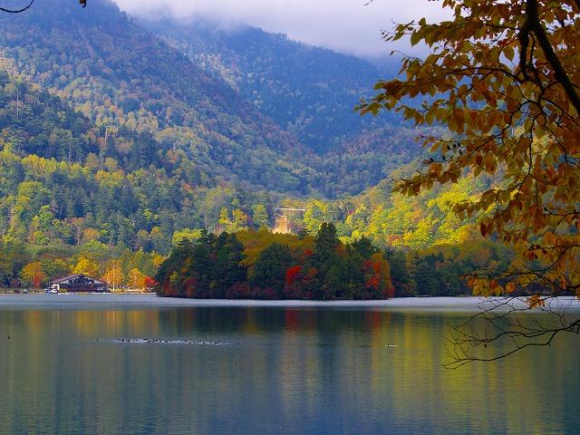 湯の湖展望