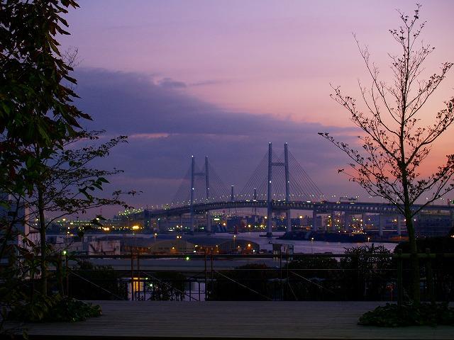 朝のヨコハマ・ベイブリッジ