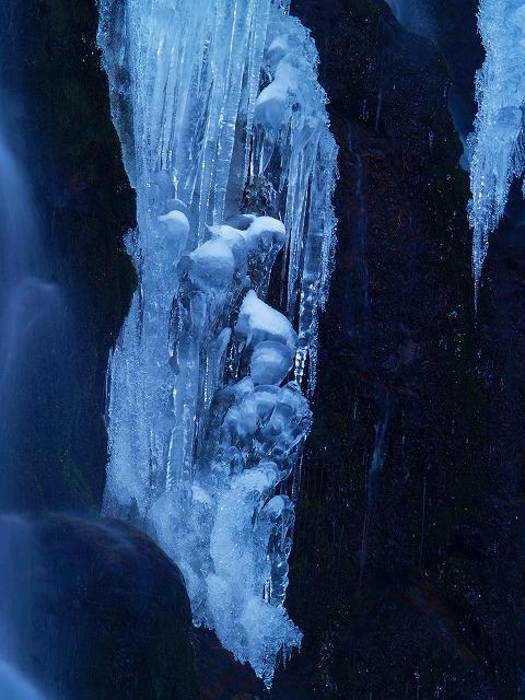 八岳の滝2