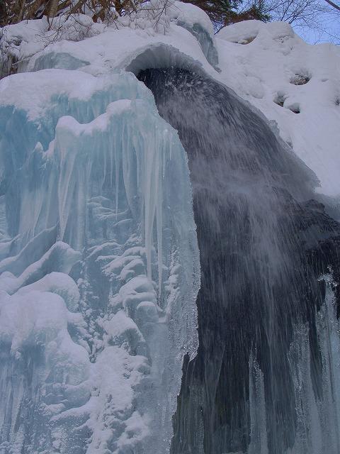 八岳の滝ー2