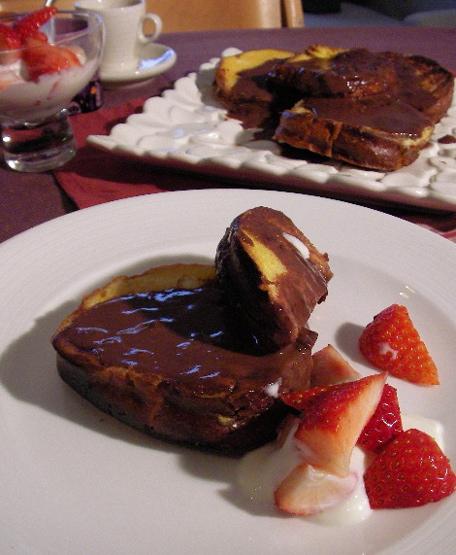 frenchtoastchocolatesauce.jpg