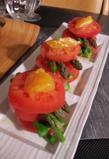 tomatoasparadekopondressing.jpg