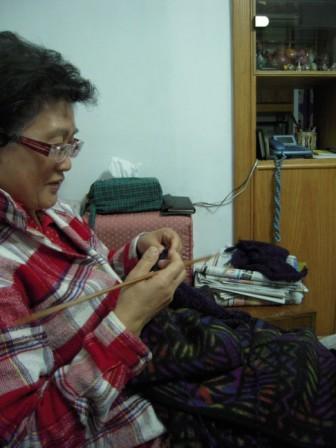 編み物17