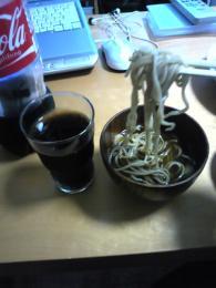 蕎麦とコーラの連携攻撃