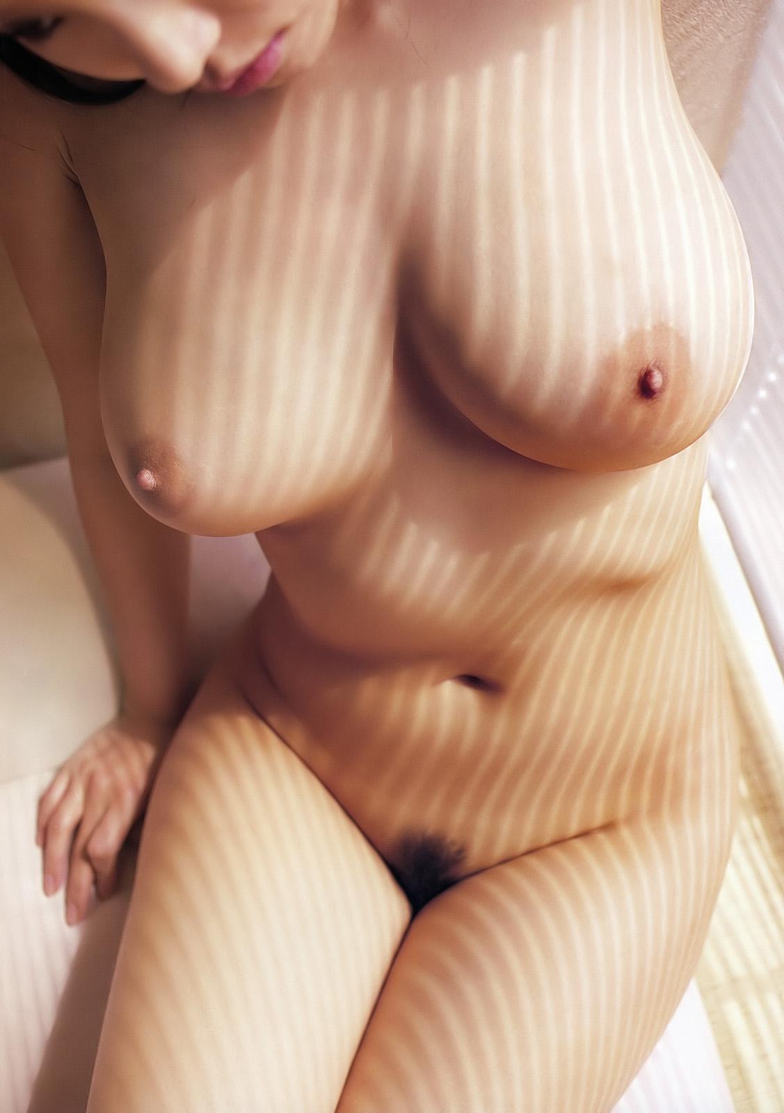 正面全裸写真 6枚目->画像>537枚